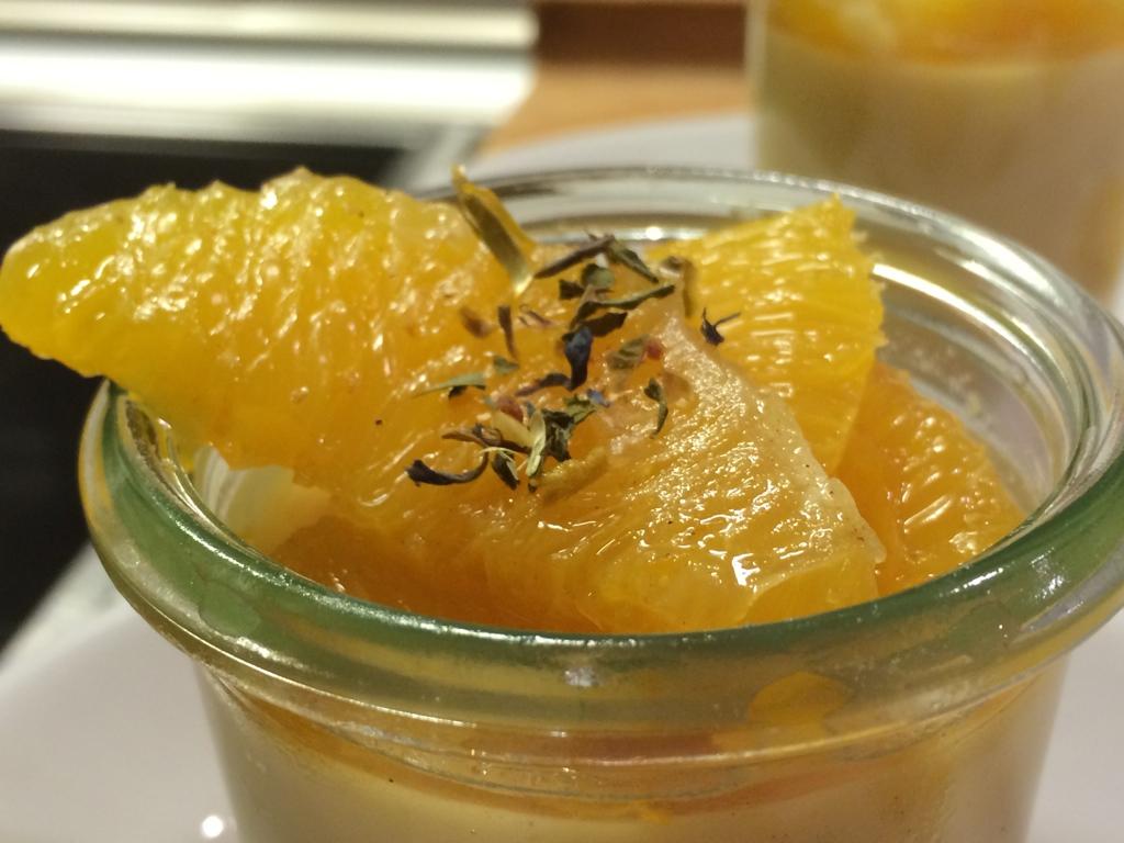 Orangen-Kokos-Pannacotta