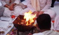 Ind. Puja Feuerritual